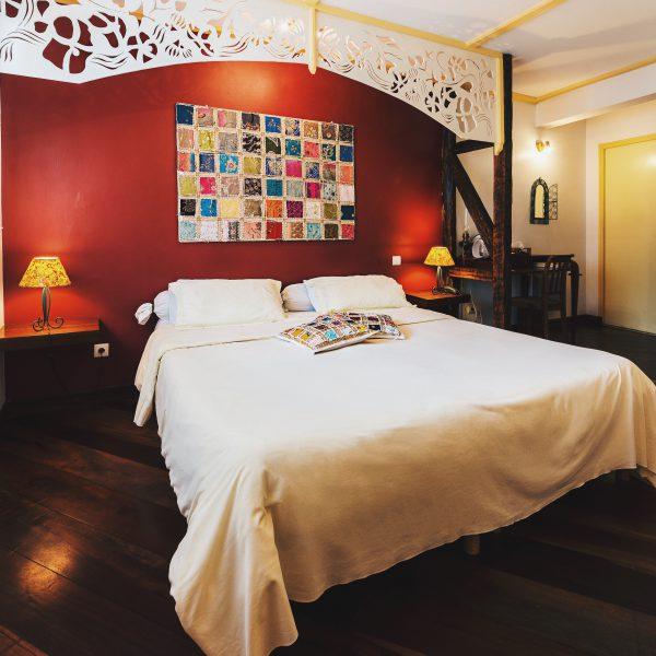 Chambre double supérieure du Tsilaosa Hotel