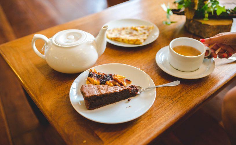 Gouter avec du thé et des gateaux au Tsilaosa
