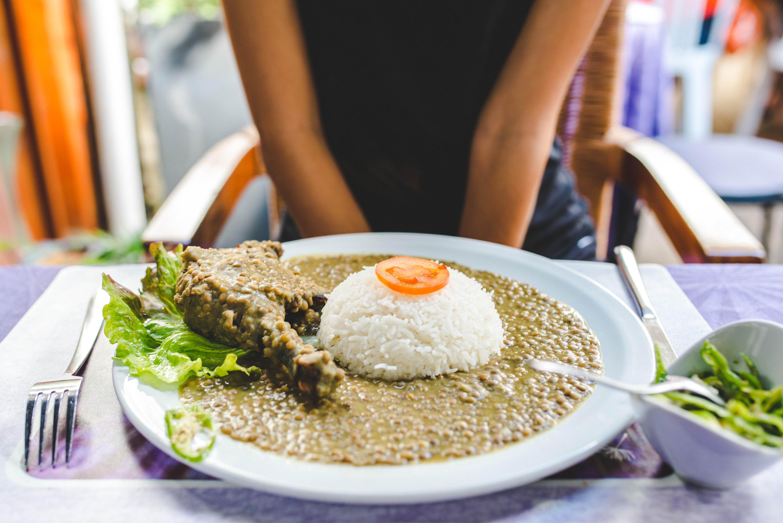 Repas poulet et lentilles de Cilaos